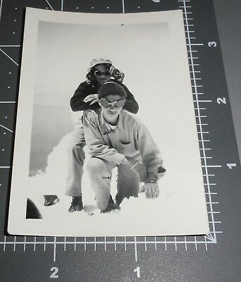 Mountain CLIMBERS Snow Goggles Unusual Snapshot Men Friends Hiking Vintage (Vintage Mountaineering Goggles)