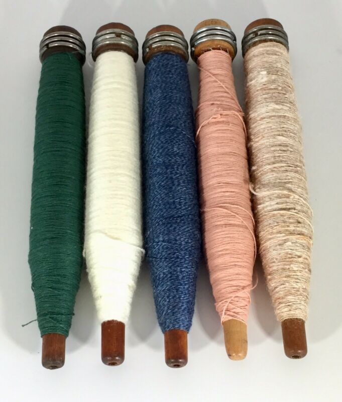 Vintage Wood Sewing Bobbins with Thread Assorted Colors S/5 Lot 4