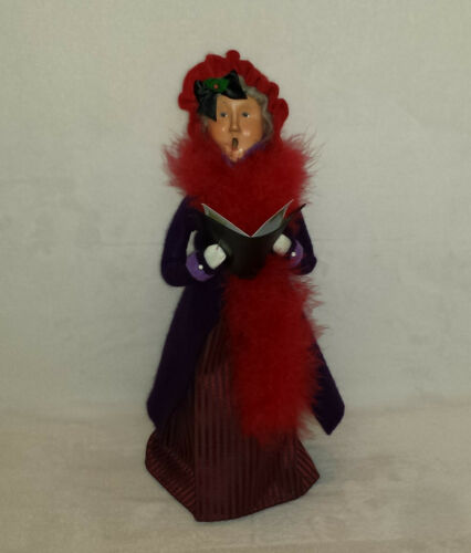 Byers Choice 2004 Red Hat Society Lady Christmas Caroler