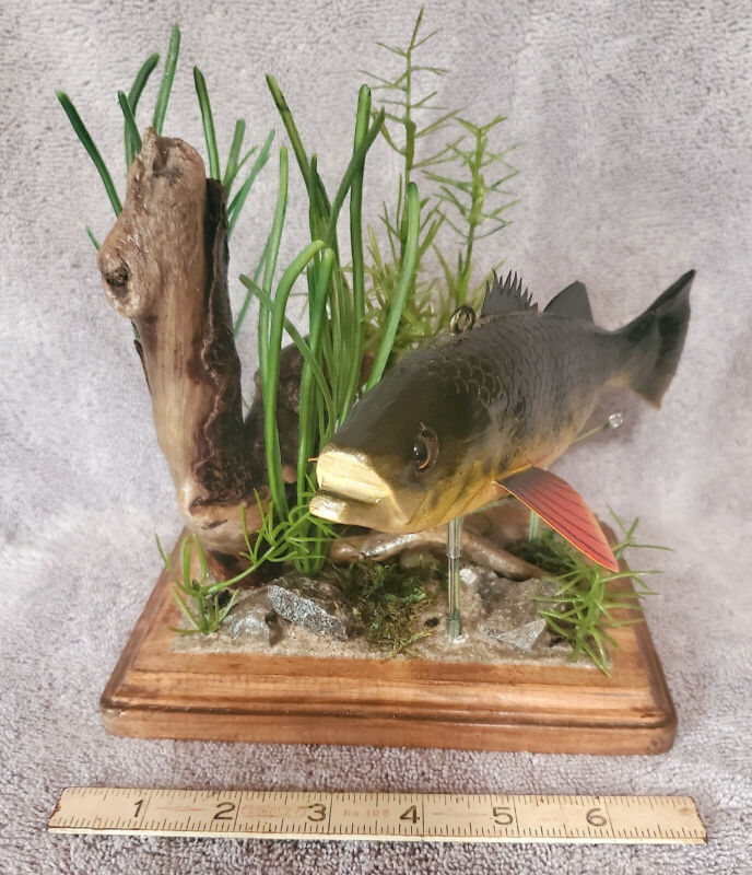 Unique Fish Decoy/Carving/Lure Display Stand A-120! Stangland fish!