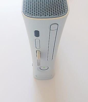 Consola Xbox 360 FAT Falcon Blanca ¡¡Sin accesorios!! (Original) (Microsoft) comprar usado  Enviando para Brazil