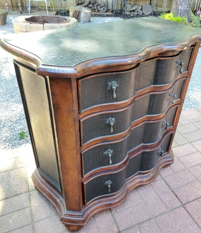 2005 Ethan Allen Tuscany Lucca Serpentine Chest 4 Drawer Black Composite Leather