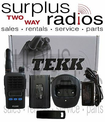 6 NEW TEKK X-100U UHF 2W 90CH RADIOS COMPACT SIZE WAREHOUSE OFFICE CLUBS STORE