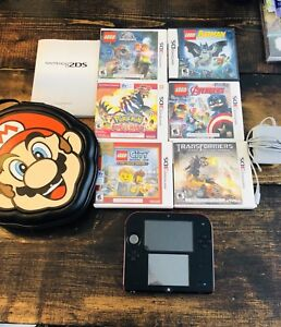Nintendo 2DS + 6 games + Mario case