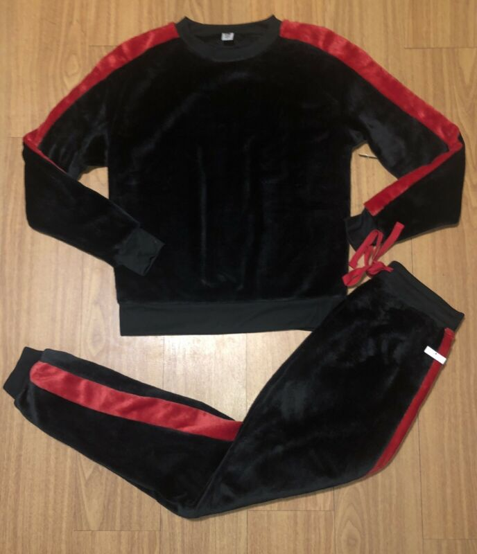 New Women's Large Black & Red Sweat Suit
