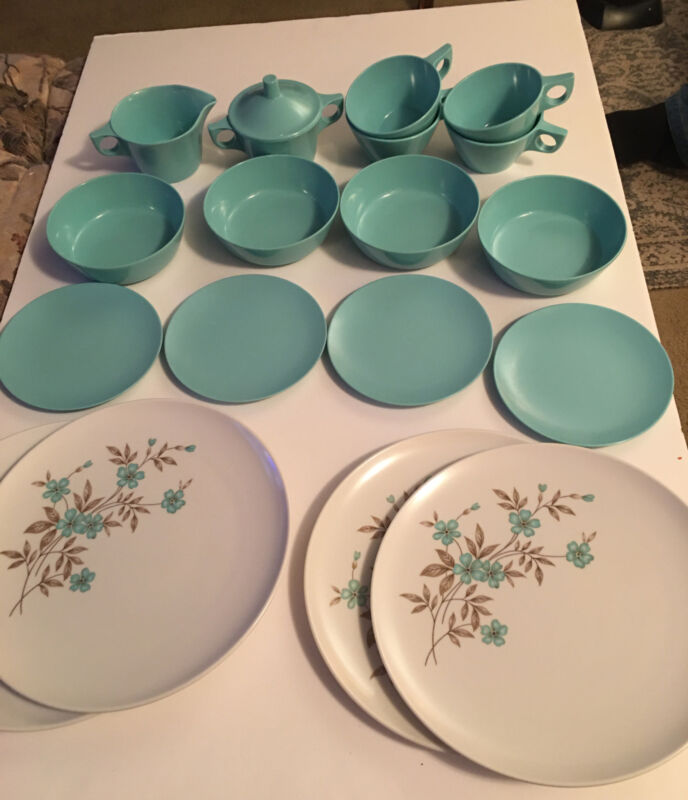 Texas Ware Mid Century Modern Service For Four Dishes Turquoise