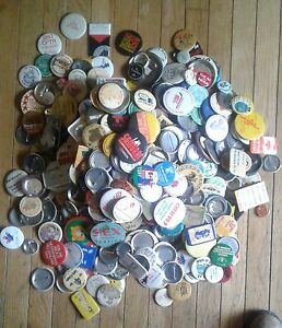Vintage pin on button advertising collection  between 3ooa & 400