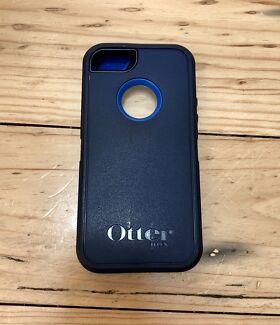 Otterbox iPhone 5/5S (Genuine)