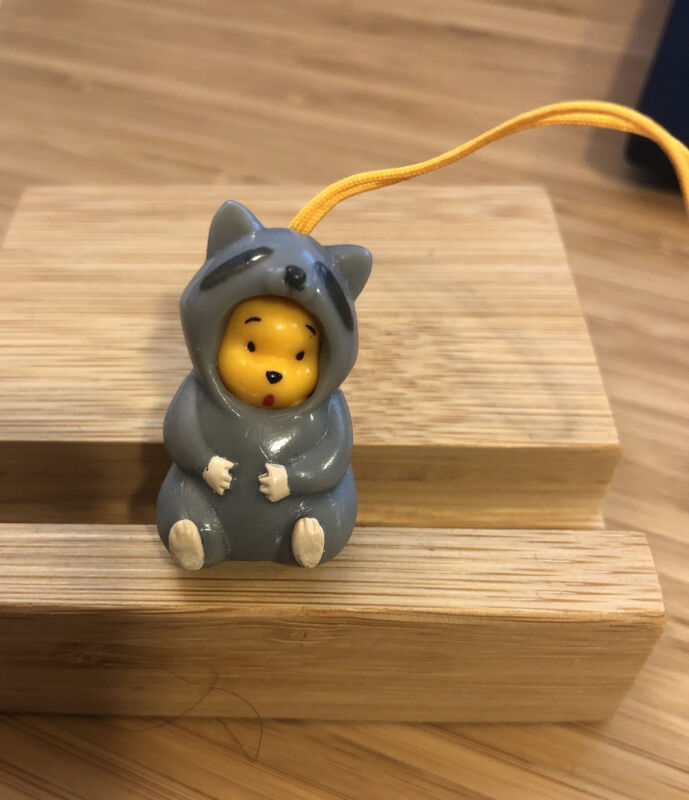 Winnie the Pooh Figure Peek-A-Pooh Grey Raccoon Animal Series 2 (1 piece)