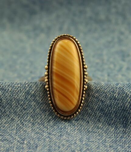 """Vintage 1970s Avon """"Shimmering Sands"""" Ring Agate-Look Stone Gold Tone Finish"""