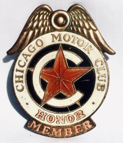 CHICAGO MOTOR CLUB HONOR MEMBER CAR AUTO BADGE GRILLE LICENSE PLATE EMBLEM METAL