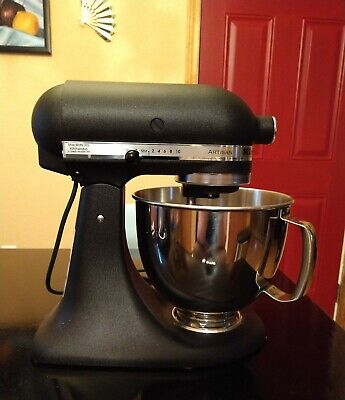 KitchenAid KSM150PSBK Artisan Series 5-Qt. Mixer with Pouring Shield and Cover