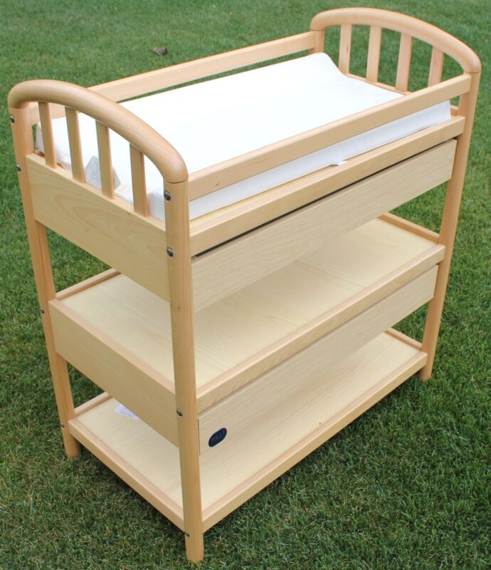 Pali Baby Changing Table 3 Shelves 2 Drawers Made In Italy *LOCAL PICK UP ONLY*
