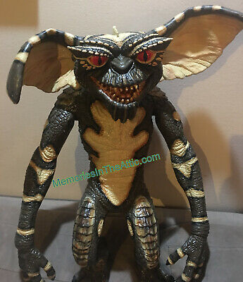 Evil Gremlins Puppet Prop Halloween Haunted House Trick Or Treat Studios Movie ](Studio Halloween Props)