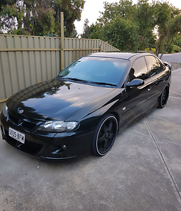 SERIES 2 HSV VX R8 CLUBSPORT (PRICE DROP) Morphett Vale Morphett Vale Area Preview