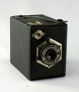 Kamerette-Junior-No-2-Prewar-Japanese-Box-Camera-8-x-7-x-5-cm