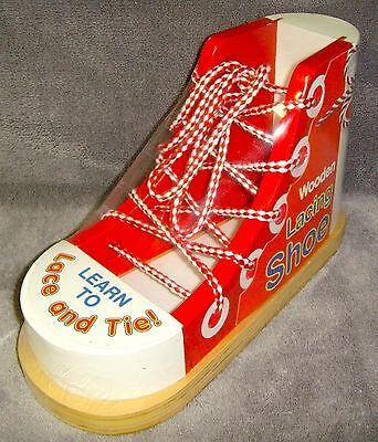 Brand New•Sealed•Melissa & Doug•Wooden Lacing Shoe•Educational Toy•Model No 3018