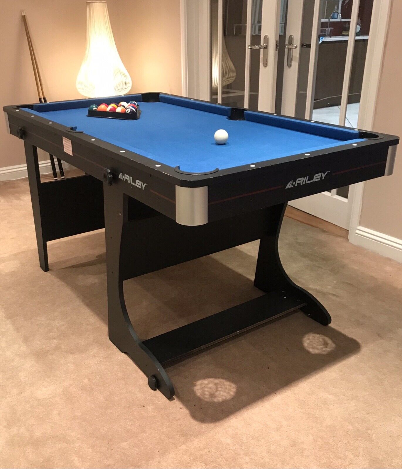 Used Vertical Folding Pool Table (Riley) 5ft