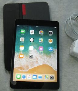 iPad mini -2nd gen. Wifi + Cellular with Logitech case