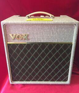 VOX tube amp