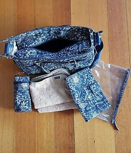 Melobaby nappy bag + change wallet Chelsea Kingston Area Preview