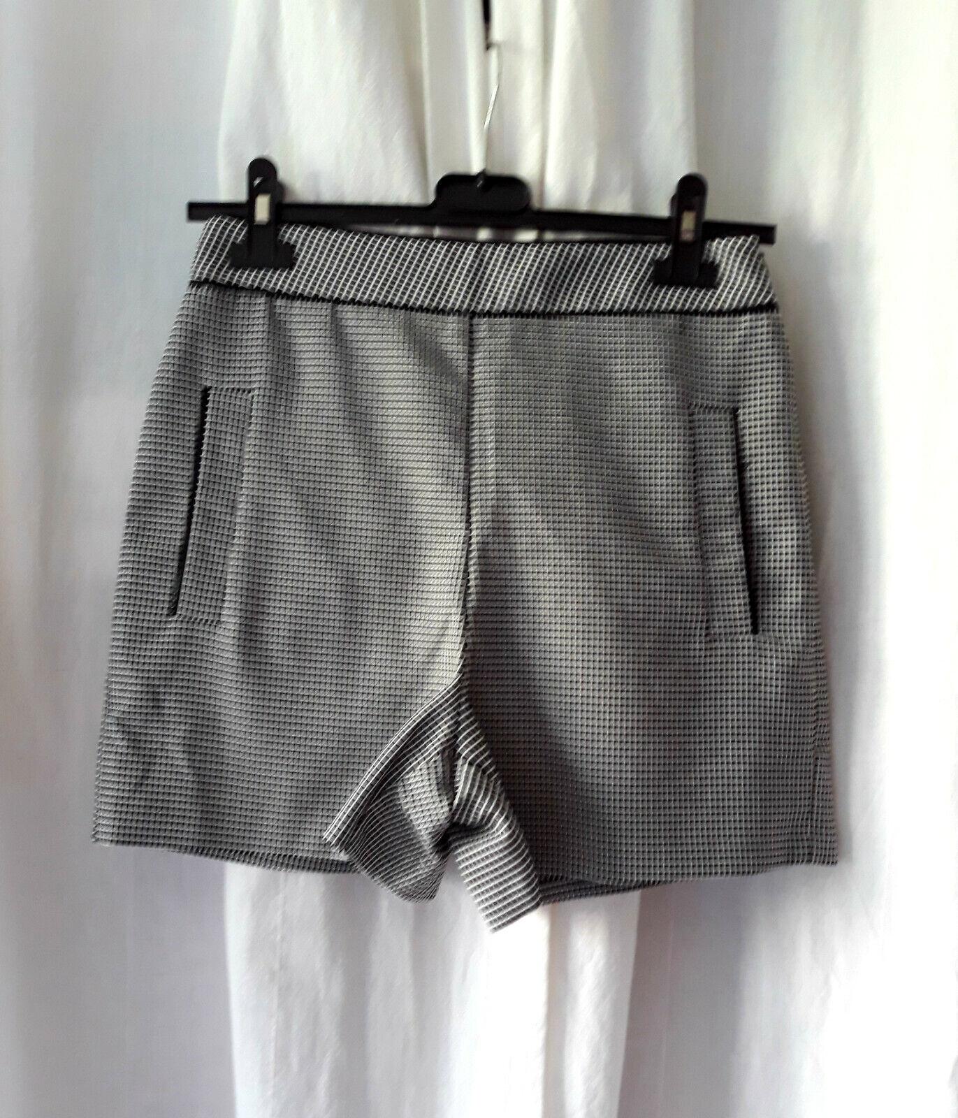 Short zara basic, imprimé noir-blanc, taille s
