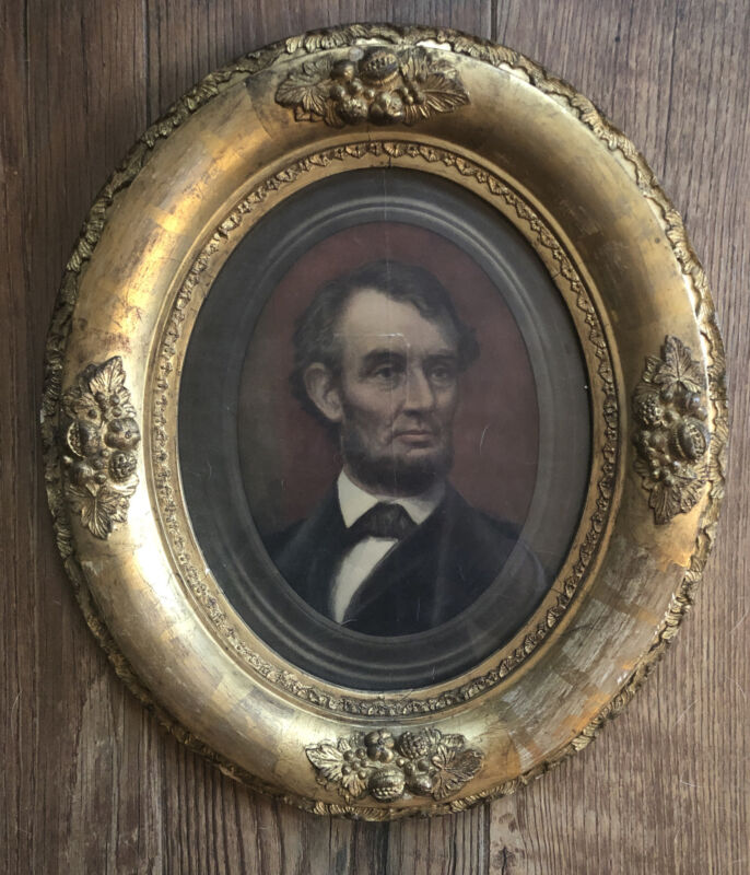 Beautiful Antique Abraham Lincoln Ornate Wood Gold Oval Framed Portrait Picture