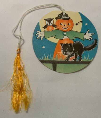 VINTAGE HALLOWEEN UNUSED TALLY CARD WITH TASSEL - SCARECROW, OWL & KITTEN!