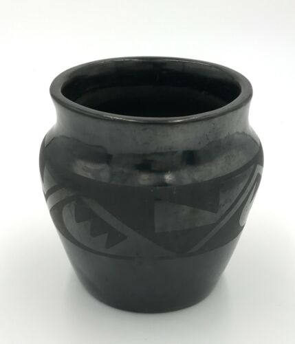 TONITA ROYBAL San Ildefonso Blackware Jar Bowl Pot Circa 1920