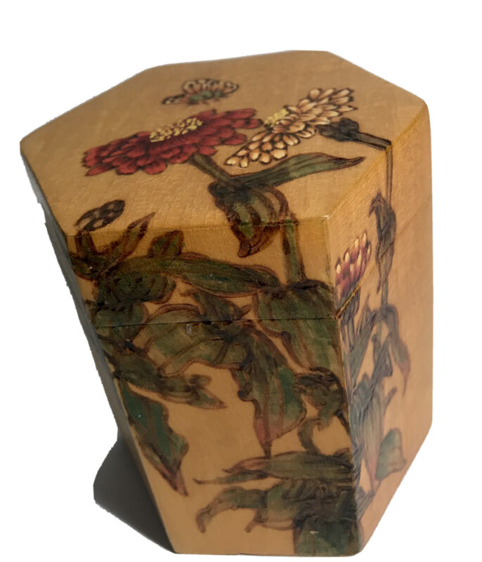 Chinese Bamboo Tea Box Painted Hexagon 4 Inch Wood Container