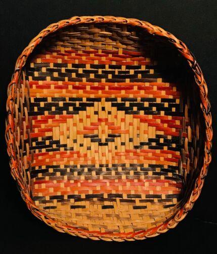 EXTRAORDINARY CHITIMACHA SINGLE WEAVE BASKET,VEGETAL DYE,OLD TAG,MINT COND,C1900