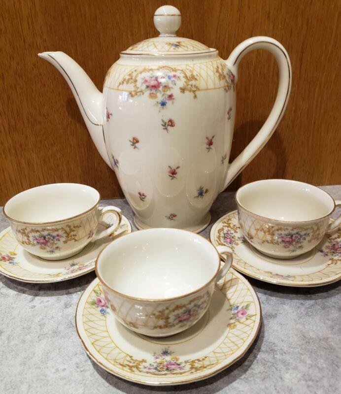 Vintage Bavaria Tea Pot with Set of 3 Teacups Saucer with Mismatched Bonus Set