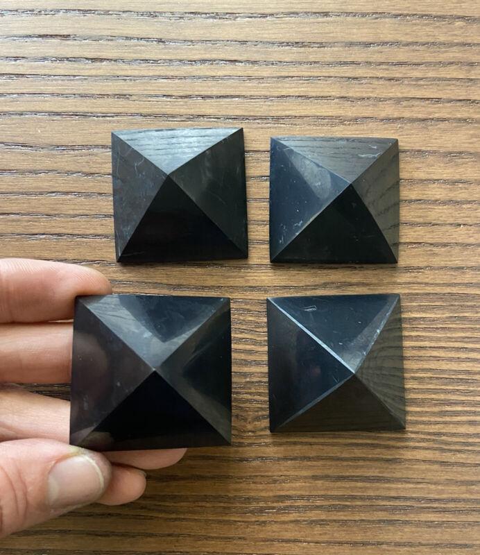 40 mm - Polished Pyramids made of SHUNGITE. Russia. 4 Pc.