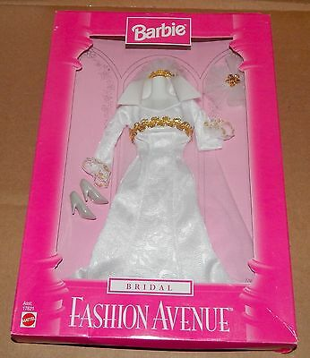 Fashion Avenue Bridal Mattel 17621 NIB 1997 75L