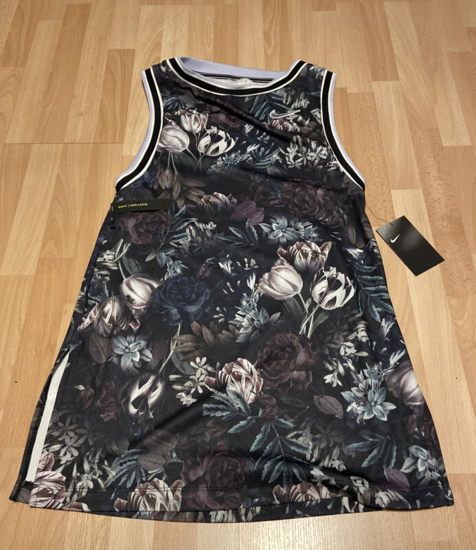 New Womens Nike Tennis Court Floral Tennis Dress Size Small MSRP $90 AO0366-010