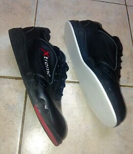 Ultima Xtreme Curling Shoes RH Black Leather