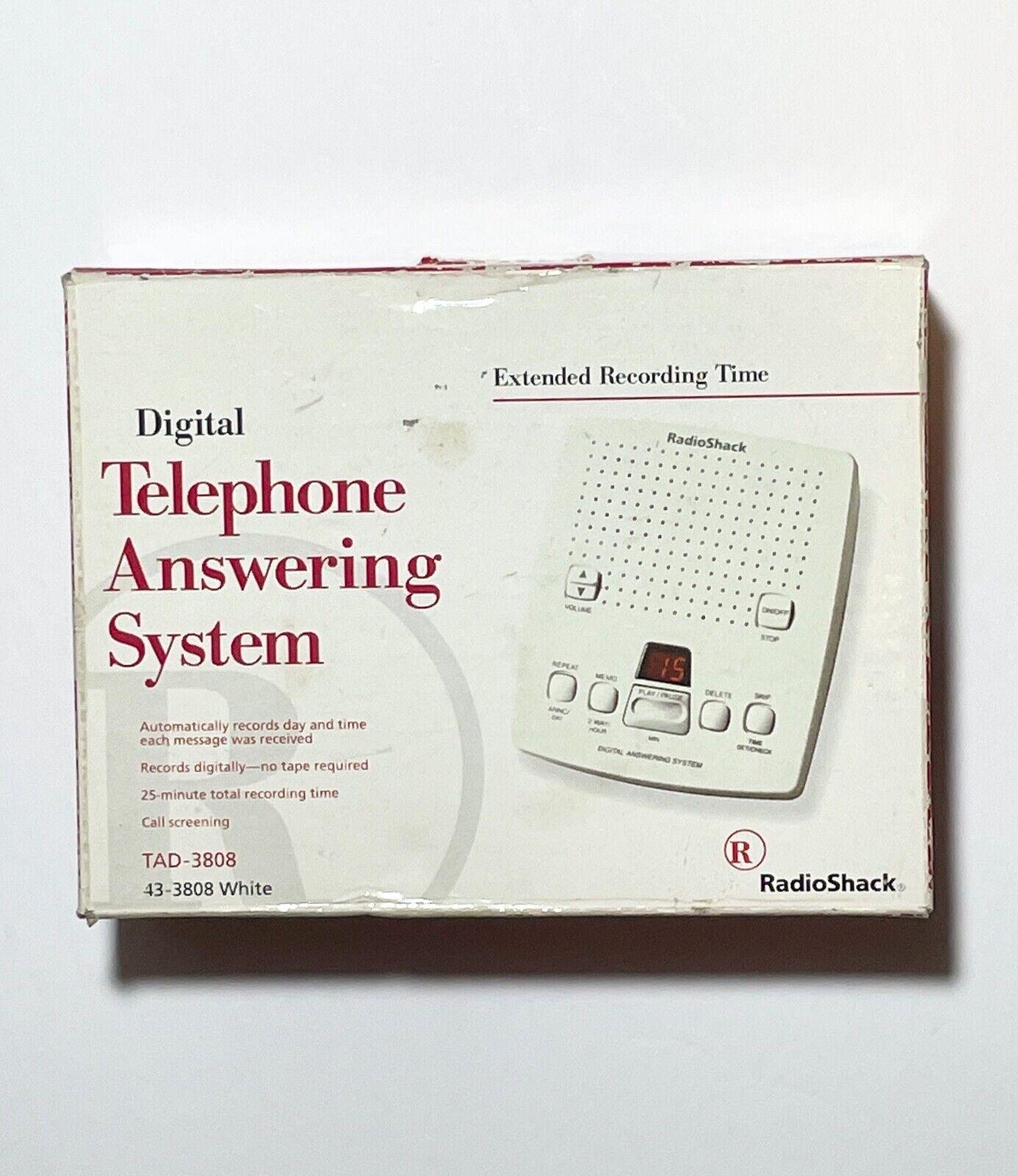 RADIO SHACK VINTAGE Digital Telephone Answering Machine 43-3