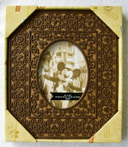 """DISNEY PARKS 4"""" X 6"""" WOOD FRAME INTRICATELY DESIGNED W/MICKEY ICONS NEW IN BOX"""