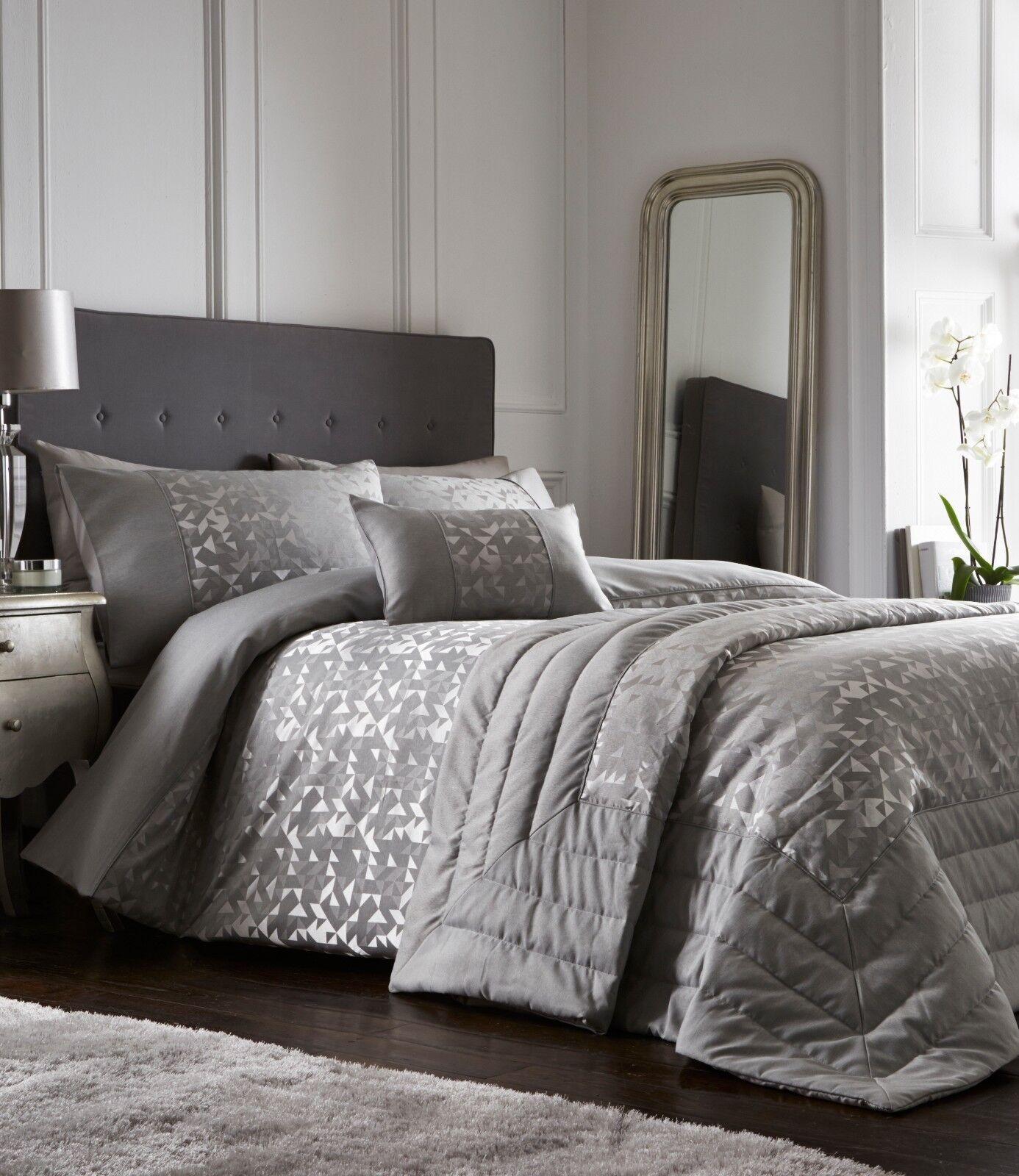 MINERAL Geometric Modern Jacquard Duvet Cover//Quilt Cover Set Bedding Range Grey