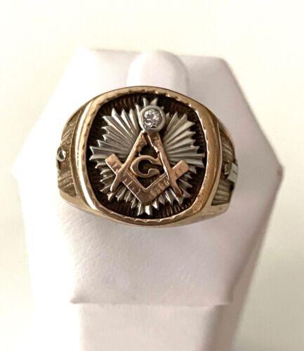 SOLID 1OK YELLOW/WHITE GOLD DIAMOND MAN