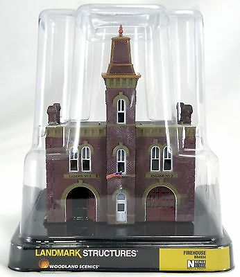 N Scale Firehouse Landmark Structure   Woodland Scenics  Br4934
