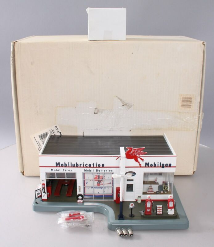 Danbury Mint 1990 1:43 Scale Mobile Gas Station with Clock LN/Box
