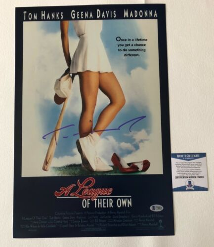 'A LEAGUE OF THEIR OWN' TOM HANKS SIGNED 12X18 PHOTO AUTHENTIC AUTOGRAPH BECKETT