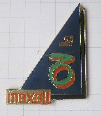 MAXELL / STERNZEICHEN WIDDER  ....................Unterhaltung-Pin (106h)
