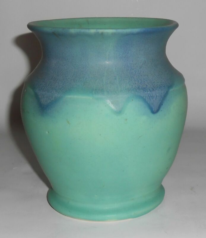 Muncie Pottery Blue over Green #415 Vase! MINT