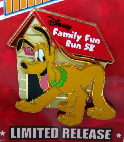 NEW 2014 WALT DISNEY WORLD FAMILY FUN MARATHON 5K RUN PLUTO 3D DOG HOUSE LIMITED