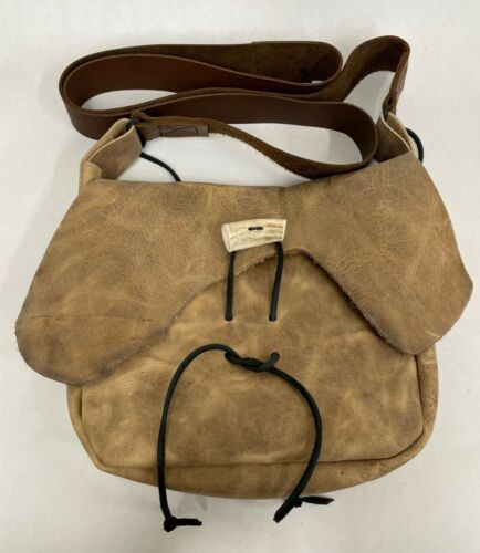 WAXED PULL UP LEATHER MUZZLELOADER POSSIBLES BAG  MADE IN THE USA FREE SHIPPING!