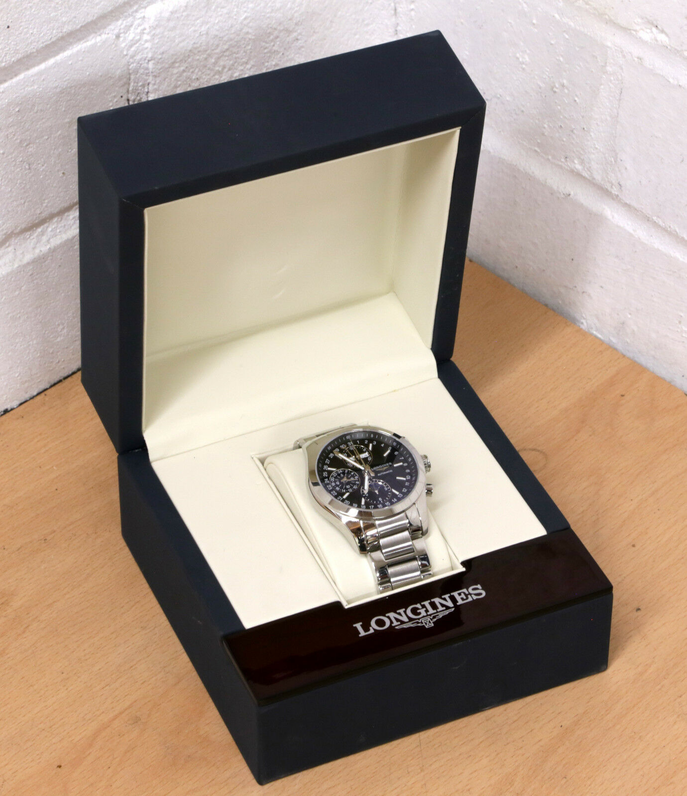 LONGINES Conquest Classic Moonphase Chronograph automatic Mens Watch L2.798.4.52 - watch picture 1