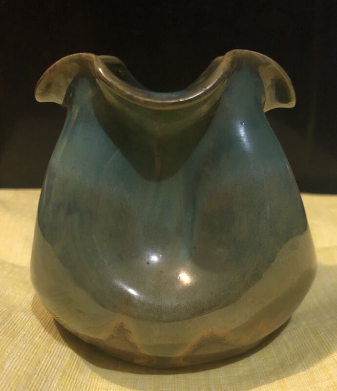 Small Green Pinched Vase Handmade By W.J. Gordy