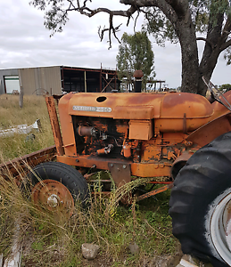 Nuffield 460 with blade Allora Southern Downs Preview